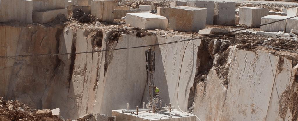 Extração Pedra Calcária