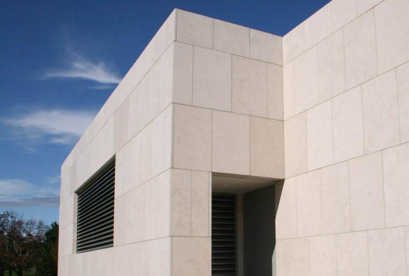 fachada exterior em pedra